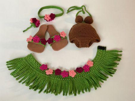Wiesel Rösli im Hawaii-Outfit