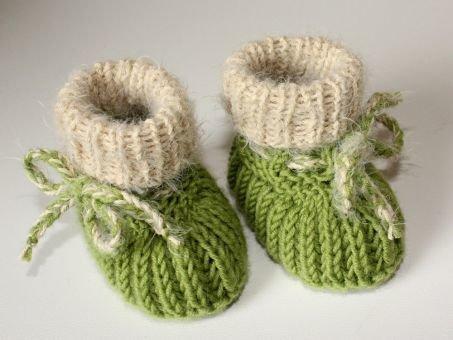 Strickanleitung Babyschuhe, Booties im Patentmuster