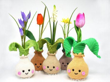 Kleine Blumenzwiebel-Vase