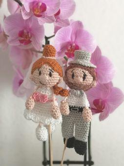 Ein Brautpaar als Taschenbaumler oder